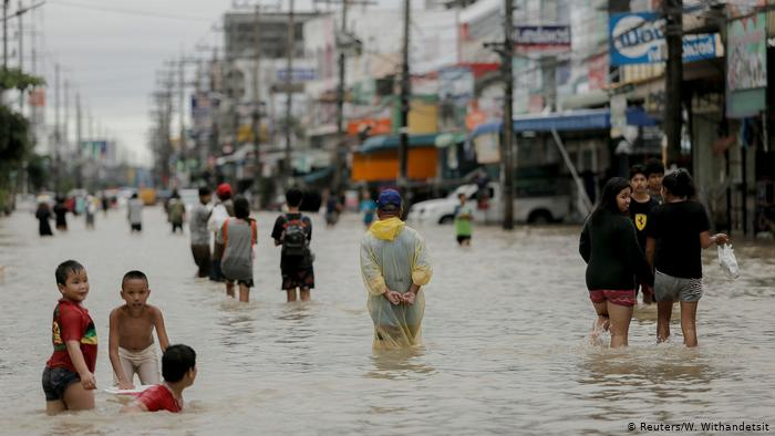 Support applicants suffered from the flood in Thailand